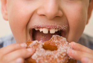 Lo zucchero favorisce la crescita dei tumori?